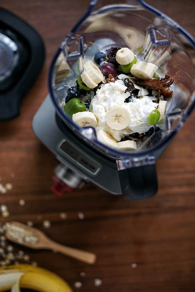 wolf-gourmet-blender-lenaskitchenblog_smoothie2