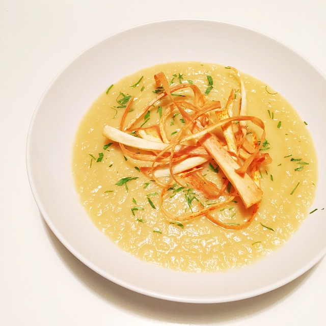 Leeks, onion, garlic, parsnip, potato, cauliflower soup for dinner. With parsnip chips that were tossed in smoked paprika and slivers of parsley. Super yummy. #whole30 #day30 #dinner #whole30dinner #whole30food #lenaskitchen #lenaskitchenblog #lenaskitchenblogwhole30 #mywhole30 #eatwell #eathealthy #eatwhole30